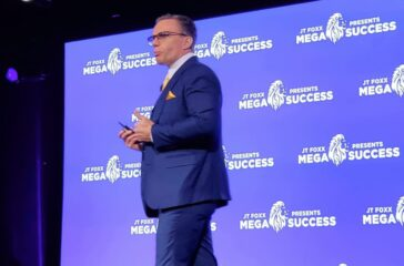 Veiko Huuse stage speaker coach megasuccess