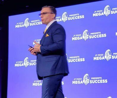 Veiko Huuse stage speaker coach megasuccess